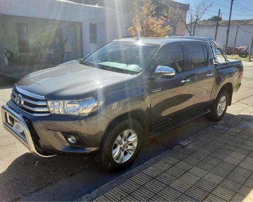 Toyota Hilux 2016 2.7 Cd Srv Vvti 4x4 Cuero - B4