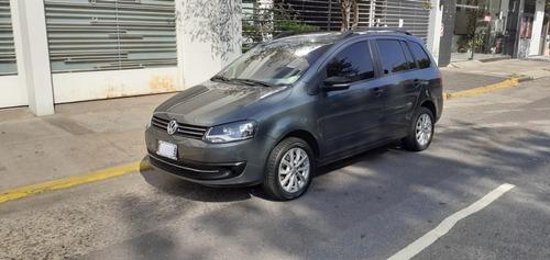 Volkswagen Suran 1.6 Trenline 2014 Km 60mil