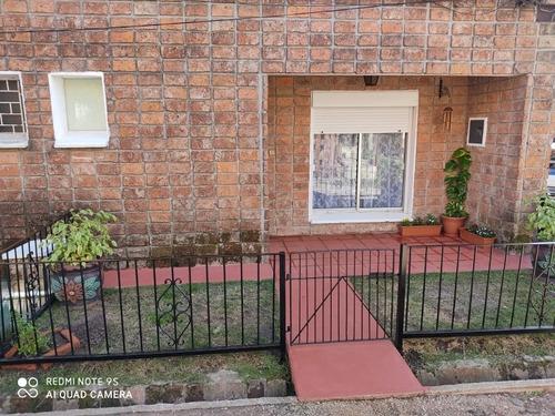Casa Apartamentos 3 Dormitorios En San Jacinto Canelones.