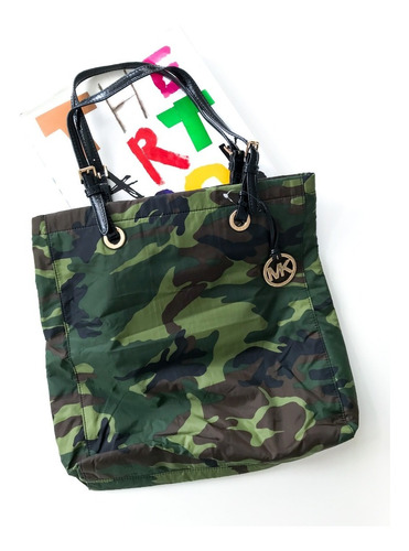 Cartera Michael Kors Camuflada Tela  No Jazmin Jackie Smith