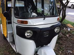 Motocarro Bajaj Re 205