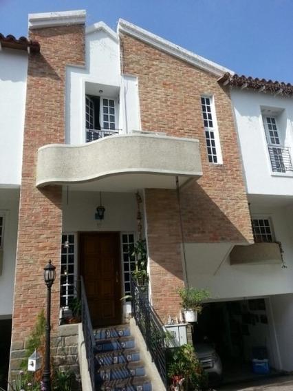 420650 Bello Townhouse En Urbanización Bosque Maracay