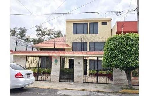 Casa En Renta Residencial Los Cedros, Calzada Las Bombas