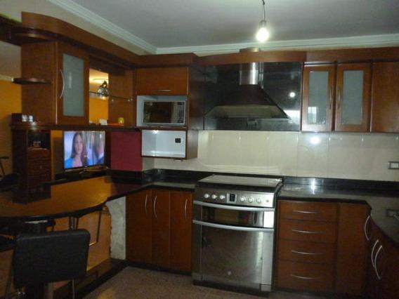 Apartamentos En Venta En Zona Centro 20-3319 Rg