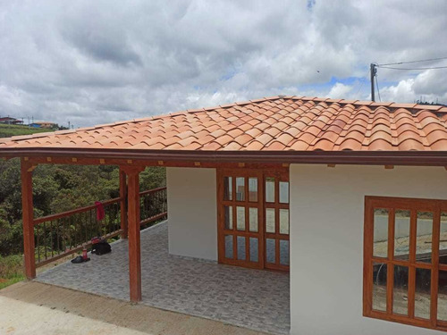 Casa Nueva Santa Elena