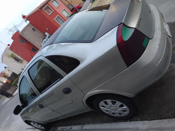 Chevrolet Corsa 2006 Estándar Motor 1.8, 4 Puertas