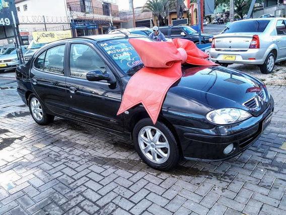 Renault Megane Sedan Privilege 2.0 16v(aut.) 4p 2006