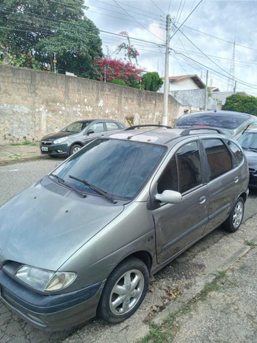 Renault Scenic 2000 2.0 Rt 5p
