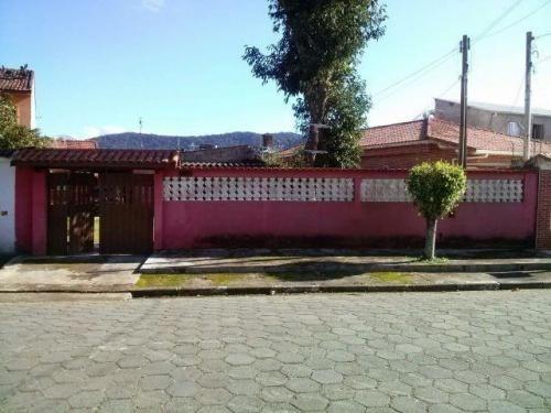 Casa Com Quintal 100 Metros Do Mar Em Itanhaém - 2584 | Npc