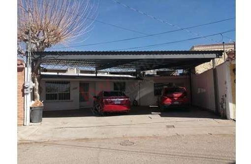 Casa A La Venta En Fraccionamiento Pradera Dorada Zona Av. Ejercito Nacional