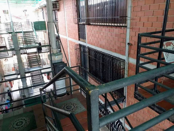 Apartamento Cjr El Mirador Las Rosas