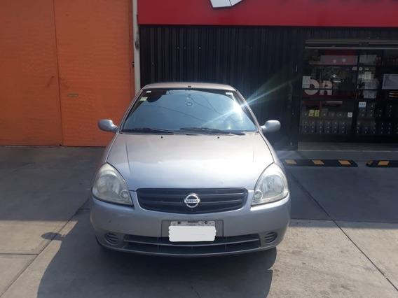 Nissan Platina Sedan 4 Puertas
