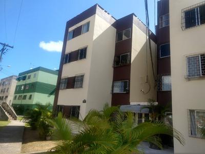 Apartamento Com 3 Quartos E 2 Banheiros.