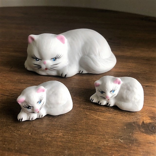 Kit 3 Gatinhos Porcelana 7cm
