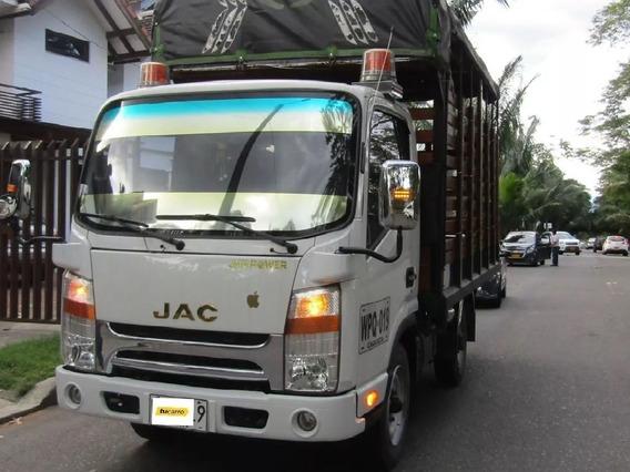 Jac Camion De Estacas