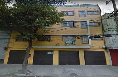 Departamento En Venta En Calle Dr. Atl, Santa Maria
