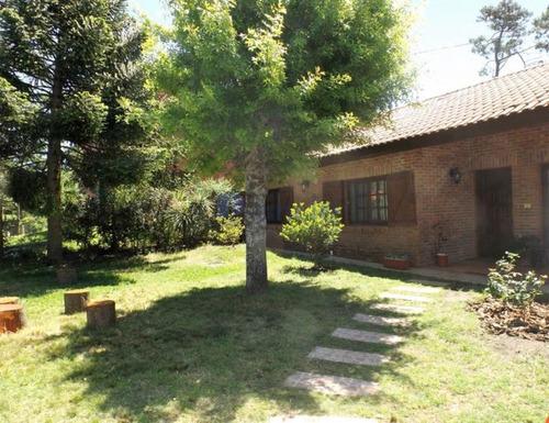 Casa En Punta Del Este, Pinares- Ref: 826