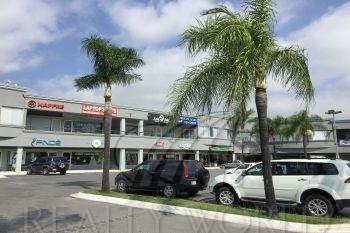 Locales En Renta En Villa Los Pinos, Monterrey