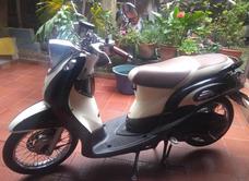 Yamaha Fino Clásica Beige, Negra