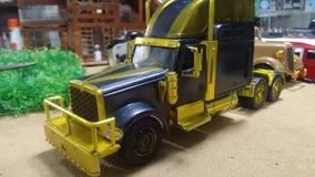 Miniatura Cavalo Mecânico Mack 1/32 - Tx 900 - Customizado