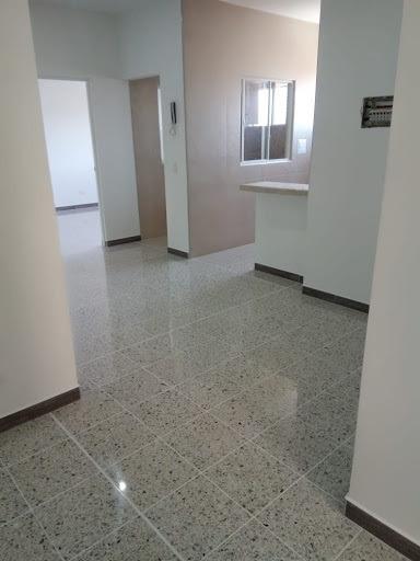 Apartamento En Venta Centenario Quiroga 689-2095