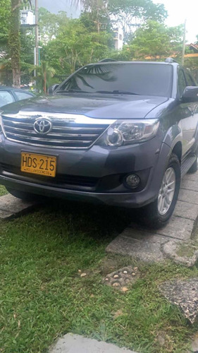 Toyota Fortuner 2015 2.7l 4x2