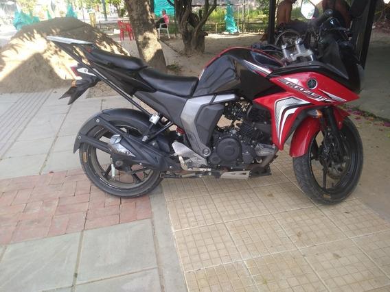 Yamaha Fazer 2.5