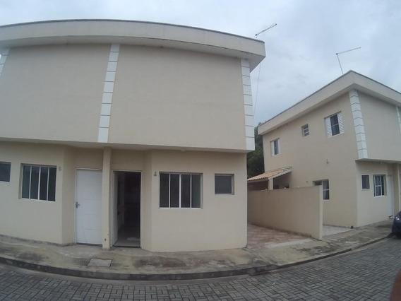 Sobrado Com 2 Dormitórios Para Alugar, 80 M² Por R$ 910/mês - Caxangá - Suzano/sp - So0365