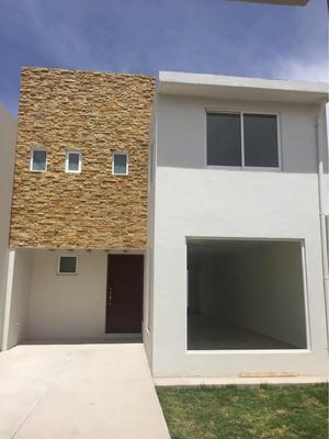 Preciosa Casa Cerca Del Fraccionamiento Zamarrero A Estrenar
