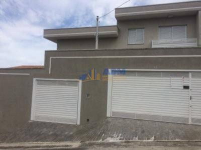 Sobrado Em Condomínio Para Venda No Bairro Independência, 3 Dorm, 1 Suíte, 4 Vagas, 145 M - 828adm