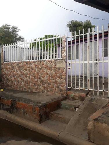 Vendo Dos  Linda Casa En Barrio Ayapal  Con Sus Escrituras