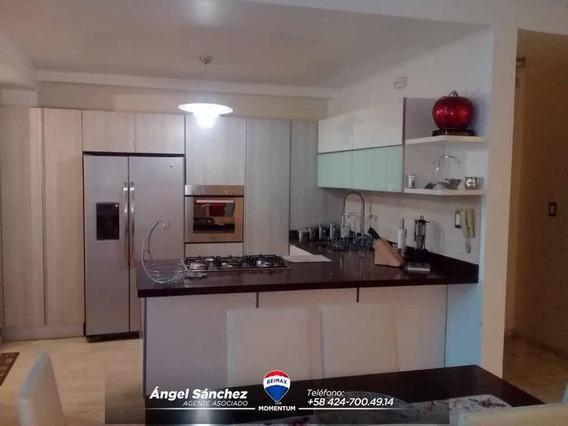 En Alquiler Bello Apartamento Full Equipado En Pueblo Nuevo