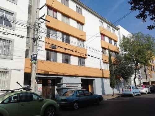 Departamento Tres Recámaras , Planta Baja.