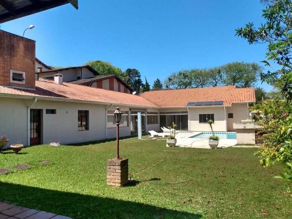 Bela Chácara 1.300 M² Em Condomínio Fechado - Cód.c374