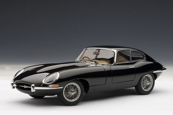 Jaguar E-type Coupe Series 1 3.8 Autoart Signature 1:18 Pret