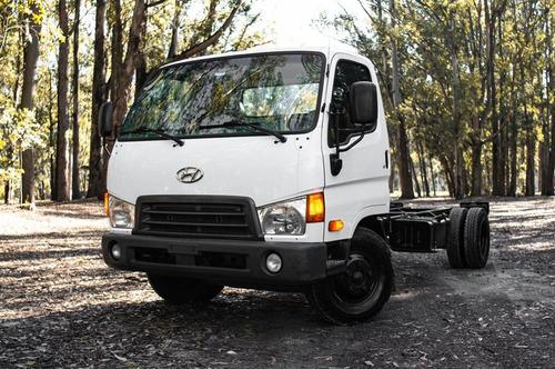 Hyundai Hd65 C/dir Hidraulica - Motorland Permuto / Financio
