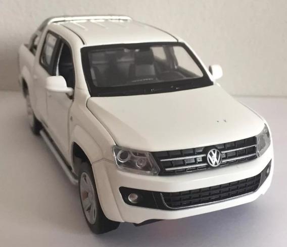 Miniatura Volkswagen Amarok - Com Luz E Som - Branco 1:30