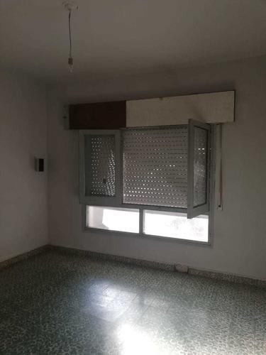 Oportunidad!!! Dos Casas Con Renta- Pque. Liceo