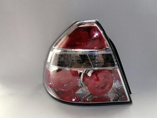 Imagen 1 de 2 de Stop Chevrolet Aveo Emotion. Lado Izquierdo