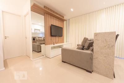 Apartamento No 9º Andar Com 1 Dormitório E 1 Garagem - Id: 892930645 - 230645