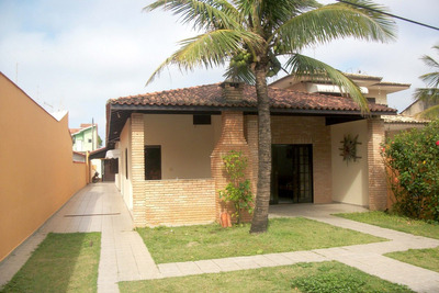 Casa Em Itanhaém , 100m Da Praia, No Centro.