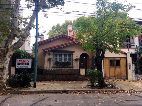 Muy Residencial, Chalet 3 Dormitorios, Jardin,garaje.