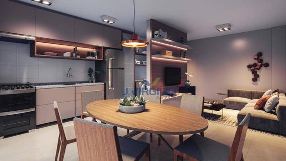 Apartamento Com 3 Quartos À Venda, 76 M² Por R$ 306.000 - Setor Negrão De Lima - Goiânia/go - Ap0676