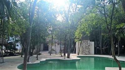 Departamento En Renta En Privada Con Alberca Ubicado En Puerto Morelos Quintana Roo.