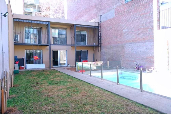 Venta Casa Tres Dormitorios, Quincho Y Pilieta
