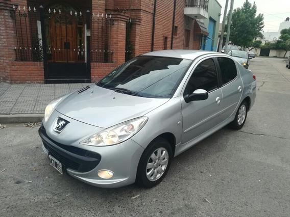 Peugeot 207 1.4 Sedan Xs Full Full Permuto $220mil Y Cuotas