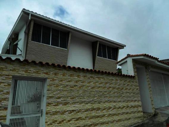 Casa En Venta Lomas De Prados Del Este Mls #20-1959