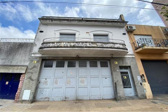Venta Galpón/deposito-oficinas/ Vivienda -paternal