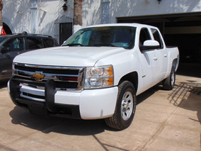 Chevrolet Silverado 5.3 2500 Doble Cabina Ls 4x2 At 2013