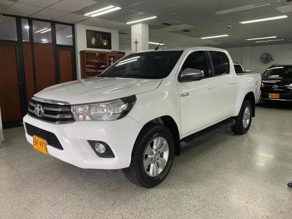 Toyota Hilux 4x4 2.4l